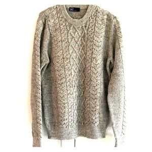 Men's Gap S cable knit sweater. Like new